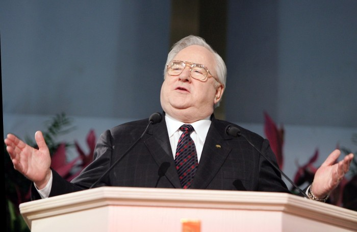 56543209-dr-jerry-falwell-gestures-while-speaking-at-the-justice.jpg.CROP.cq5dam_web_1280_1280_jpeg